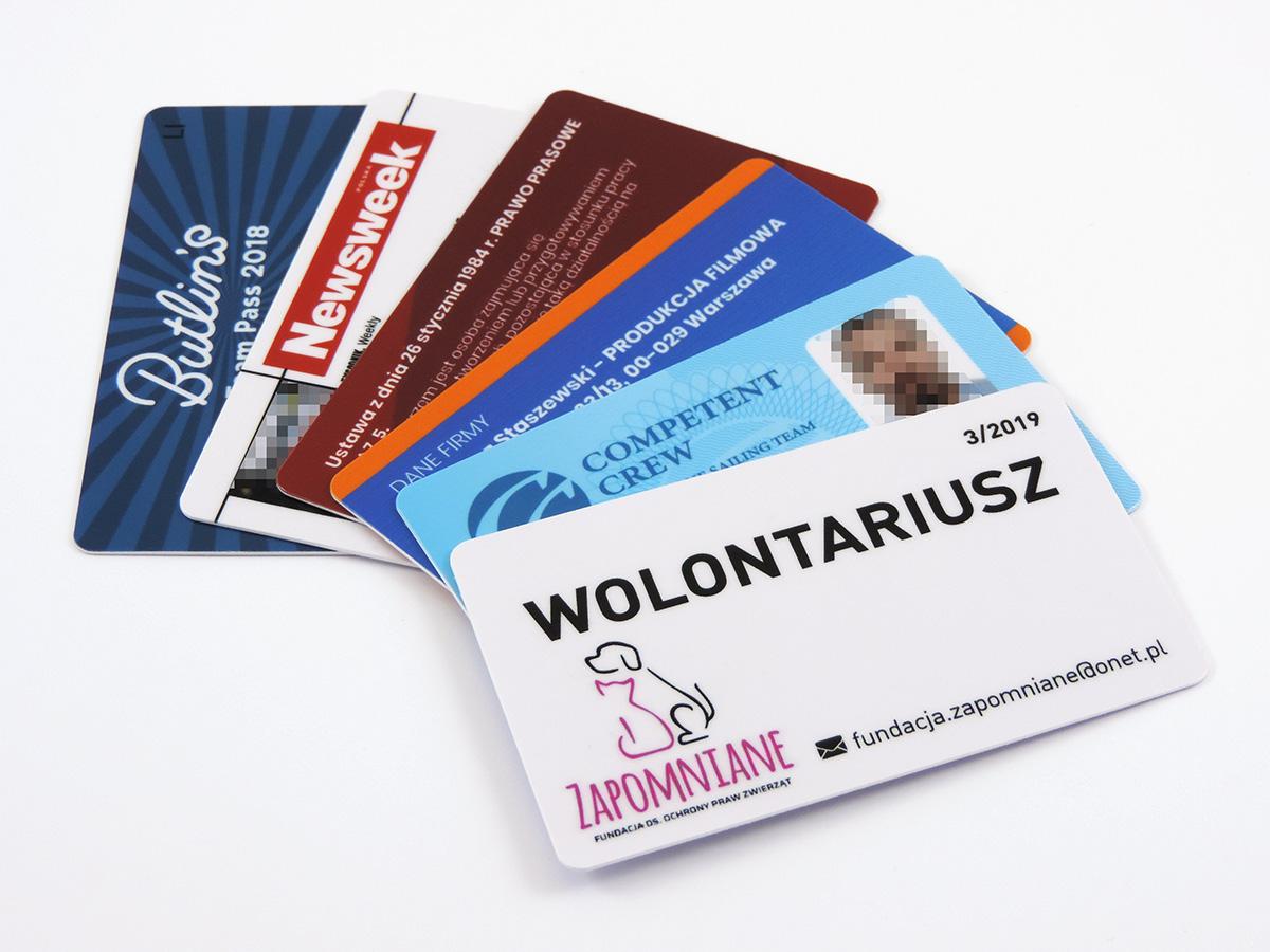 karty plastikowe PCV legitymacje wizytówki podarunkowe klienta